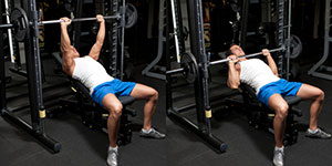 Incline Smith Machine Medium-Grip Bench Press