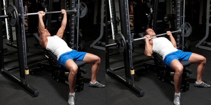 Incline Smith Machine Medium Grip Bench Press - Tak Ada Waktu? Coba Latihan Sirkuit Dada 15 Menit!